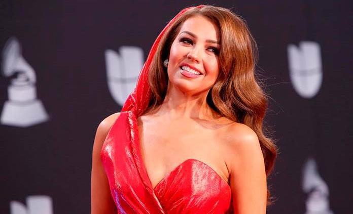 Thalía lanza una Feliz Navidad bilingüe y al son del merengue electrónico