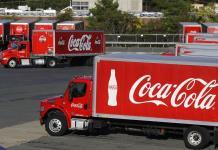 Coca-Cola suspende su publicidad en todas las redes sociales