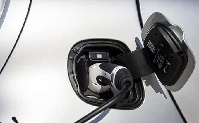 Cuánto cuesta recargar la batería de un auto eléctrico en México