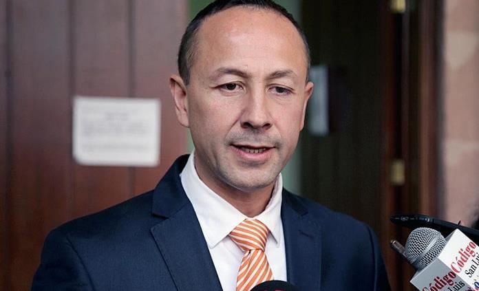 Celebra Edgardo Hernández retiro de dictamen sobre reestructura de la deuda
