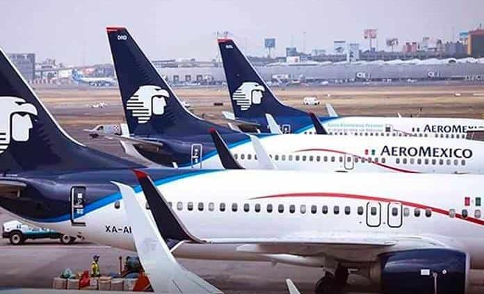 Aeroméxico pide terminar los contratos colectivos de pilotos y sobrecargos