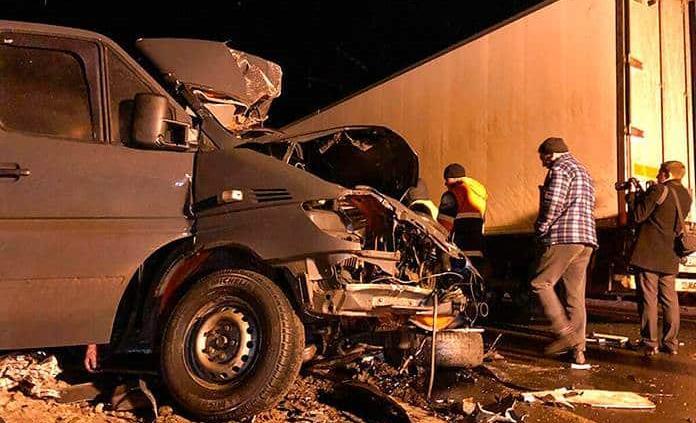 Ocho muertos en un accidente de minibús en Rusia
