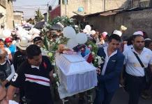 Con mariachis despidieron a la niña Fátima