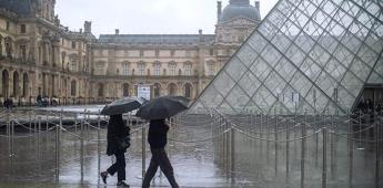 El Louvre adapta su reapertura para conquistar al público local