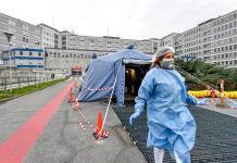 Italia registra 1,229 nuevos casos de COVID y roza los 290,000