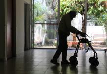 Advierten por enfermedades mentales en adultos mayores durante confinamiento
