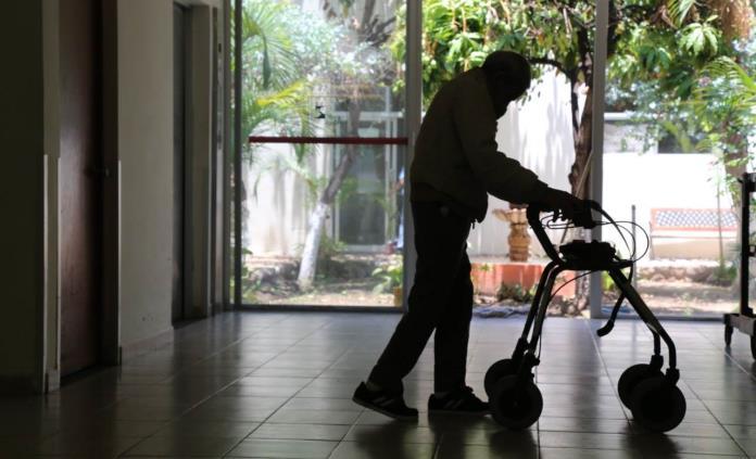 Advierten por enfermedades mentales en adultos mayores durante el confinamiento