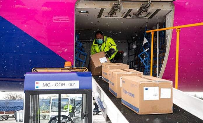 La IATA denuncia burocracia que demora aviones con material contra coronavirus