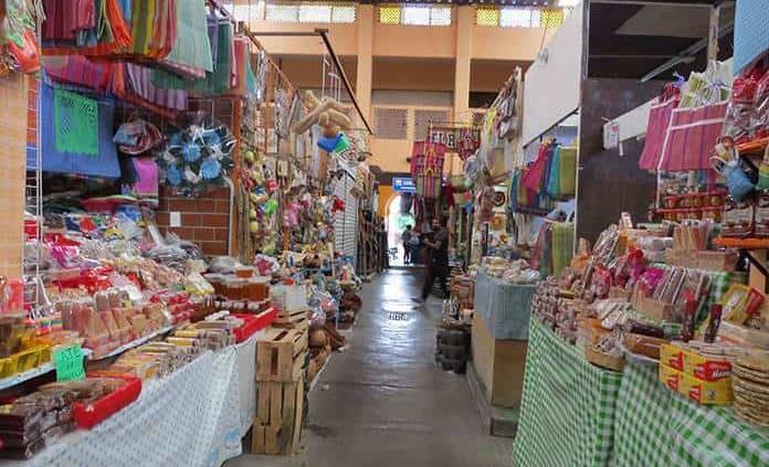 Locatarios de mercado deben acatar medidas sanitarias: B. Rangel