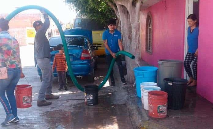 Exigen a Interapas suministrar agua a colonias de Soledad