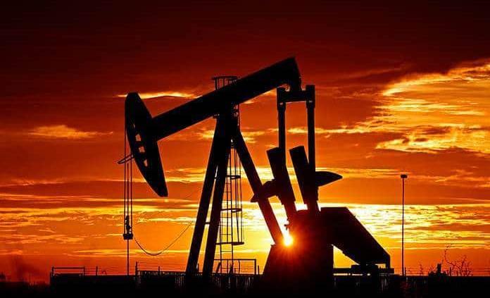 Arabia Saudí pide a OPEP y Rusia que se preparen a adaptar recorte de oferta