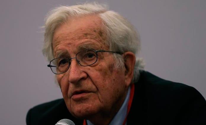 Estamos ante otro fallo masivo y colosal del capitalismo neoliberal, dice Noam Chomsky