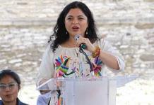 Lamenta Alejandra Frausto venta de piezas prehispánicas en Francia