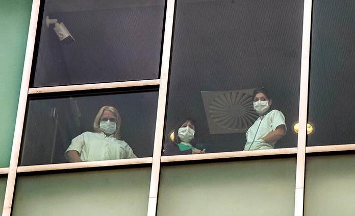 Italia cuenta más de 205 mil casos y casi 28 mil muertos, pero caen contagios