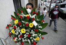 Comerciantes esperan ligera recuperación el Día de las Madres
