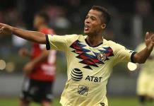 Lesión en el Clásico Nacional dejó secuelas a Giovani dos Santos