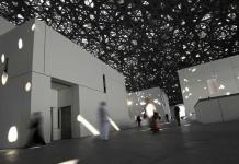 El Louvre de Abu Dabi reabre al público con visitas limitadas de 3 horas