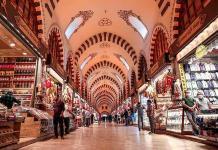 El Gran Bazar de Estambul abre sus puertas tras dos meses de cierre por COVID-19