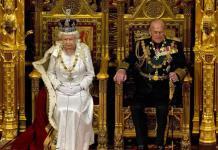 Aún junto a la reina, el príncipe Felipe celebra sus 99 años