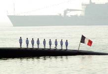 Estalla incendio en submarino nuclear francés