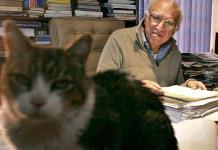 México llega a 10 años sin el lúcido Carlos Monsiváis, un escritor con género propio