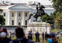 Más de 100 detenidos por vandalizar estatuas en Estados Unidos