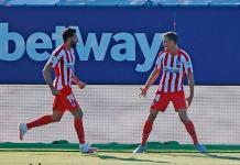 El Atlético gana y se afianza en la tercera plaza
