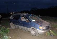 Aparatosa volcadura en Ciudad Valles deja dos lesionados