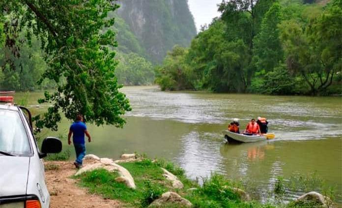 Localizan cuerpos de padre e hijo extraviados en río de la Huasteca