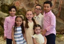 Diego Aquiles Coronado realiza la primera comunión