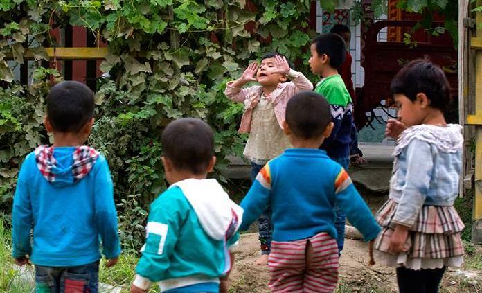 China desmiente las esterilizaciones o abortos forzosos a uigures en Xinjiang