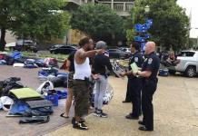 Kentucky investiga muerte de mujer afroamericana ultimada por la policía
