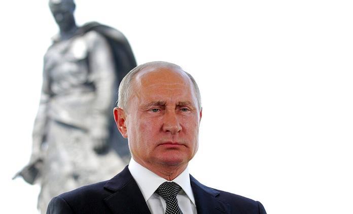 Putin, muy cerca del cambio para gobernar 16 años más