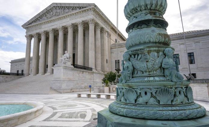 Corte Suprema de EEUU elimina veda de ayuda a escuelas religiosas