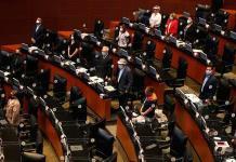 Crónica: Las pasiones deambulan sin cubrebocas en el Senado