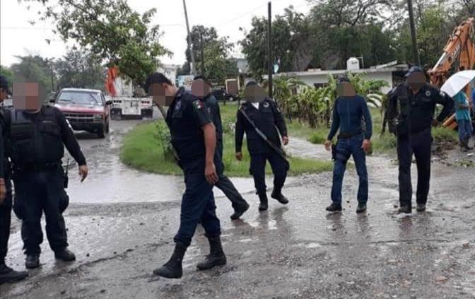 Atacan a balazos a oficiales de la Policía Municipal en San Vicente