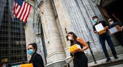 Nueva York se despide de 250 héroes mexicanos víctimas del coronavirus