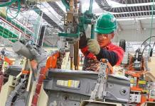 Industria en México se hunde 29.7% en mayo