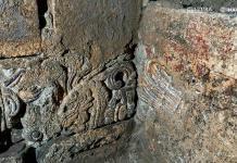 Hallan restos de palacio de Axayácatl bajo el Monte de Piedad en CDMX