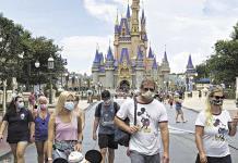 Disney reabre parques en Florida