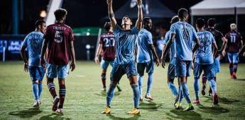 Doblete de Pulido encamina victoria de Sporting KC