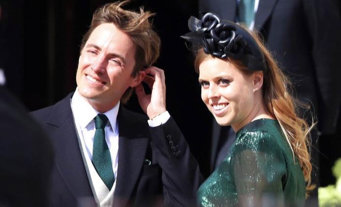 Princesa Beatriz se casa en ceremonia privada en Windsor