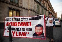Confía madre de menor raptado que recompensa ayude a encontrarlo
