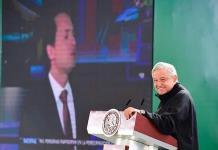 AMLO usa textos de Loret para exhibir corrupción para aprobar el Pacto por México