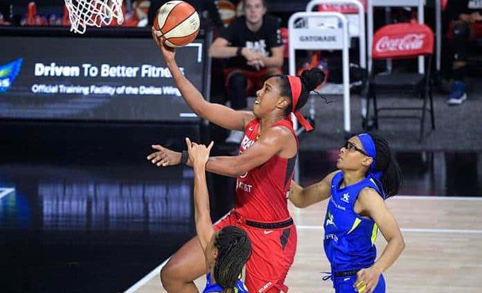 Kyrie Irving aporta 1.5 millones de dólares a jugadoras de la WNBA