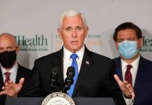 Suben a 5 los contagios en el entorno de Pence, pero él mantiene sus viajes