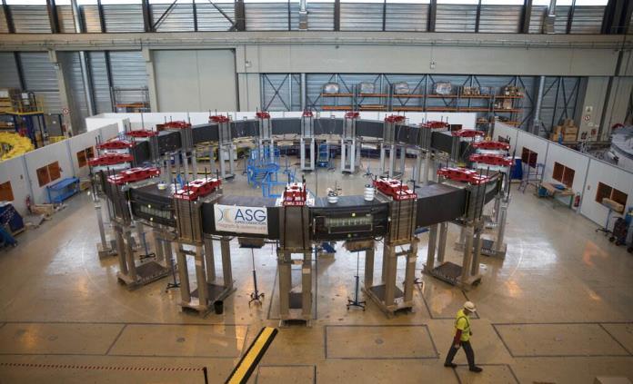 Dispositivo de fusión nuclear en Francia, en fase crítica