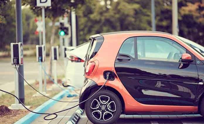 Repunta venta de autos híbridos y eléctricos