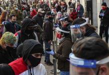 Chilenos ya pueden retirar pensiones