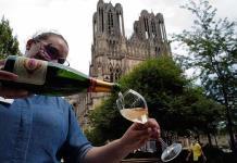 Con el coronavirus, la champaña perdió mucha efervescencia